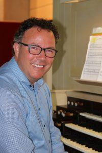 Frank Kaman, organist